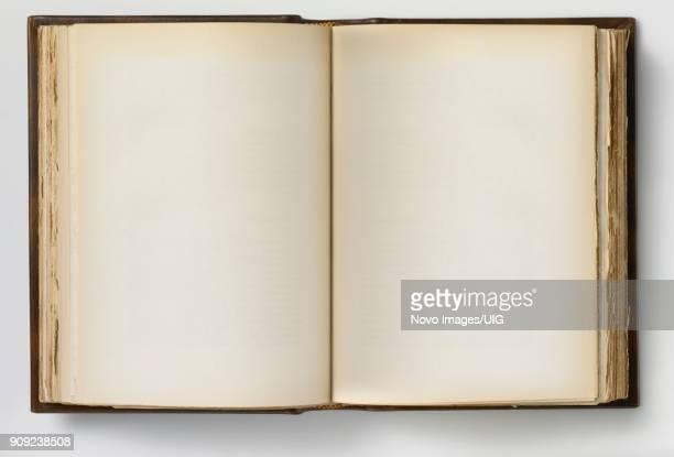 30 Meilleures Vieux Livre Ouvert Photos Et Images Getty Images