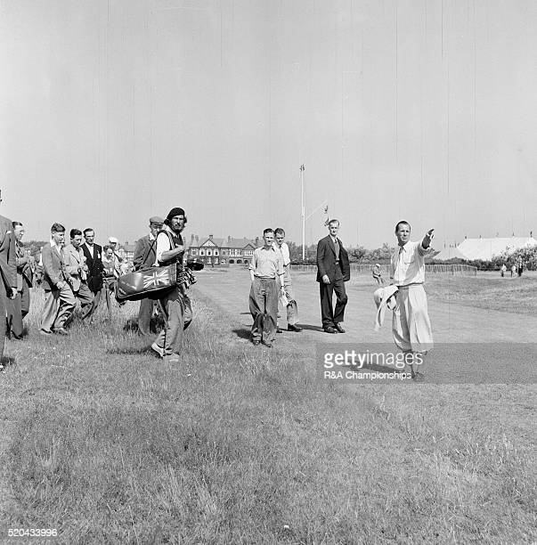 Open Championship 1952 Royal Lytham St Annes Golf Club in Lytham St Annes England held 9th 11th July 1952 Pictured Max Faulkner nearly lost his ball...