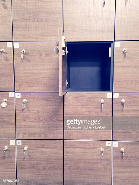 Open Empty Locker
