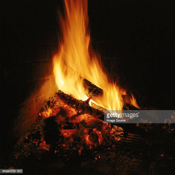 open fire - open source stock pictures, royalty-free photos & images