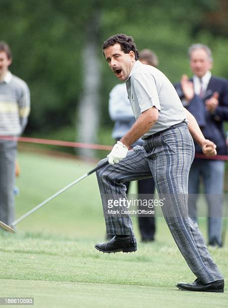 Open Golf at Wentworth, Sam Torrance dances with joy as he sinks a putt.