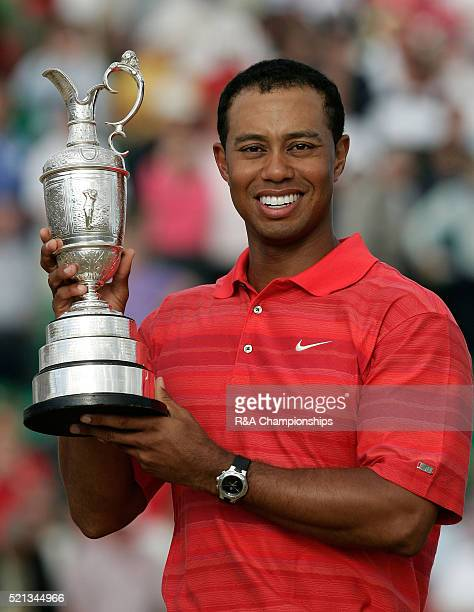 Open golf Hoylake Tiger Woods with the Open trophy July 2006