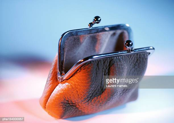 Open pocketbook.