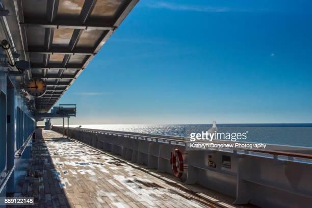 open sea to sydney- nova scotia - sydney ストックフォトと画像