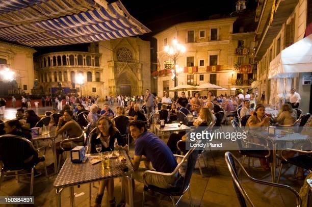 Open-air cafes at the Plaza de la Virgen