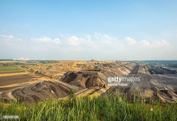 opencast brown coal mine, juchen, germany - ruhr stock pictures, royalty-free photos & images