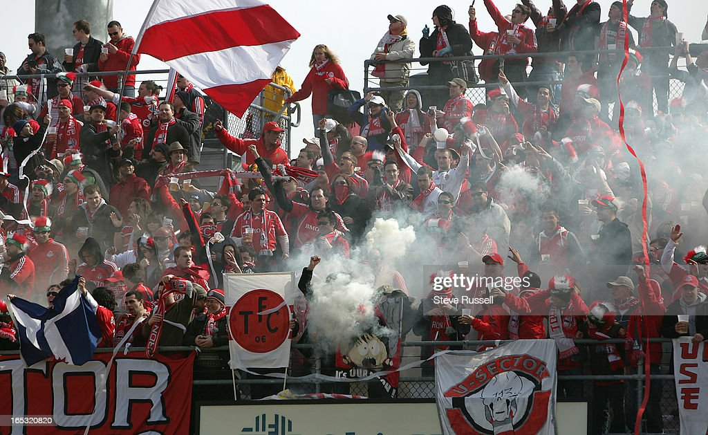 TFC OPENER03/29/08---Smoke chokes the fans in the south stands at Columbus Crew Stadium as Toronto F : News Photo