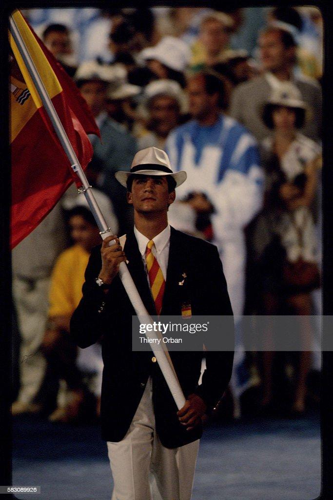 Opening ceremony of 1992 Summer Olympics : News Photo
