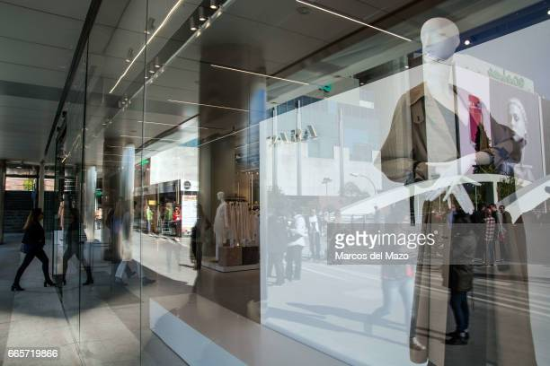 Opening day of the world's biggest Zara store with 6000 square meters