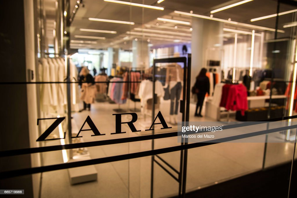 Opening day of the world's biggest Zara store with 6,000... : News Photo