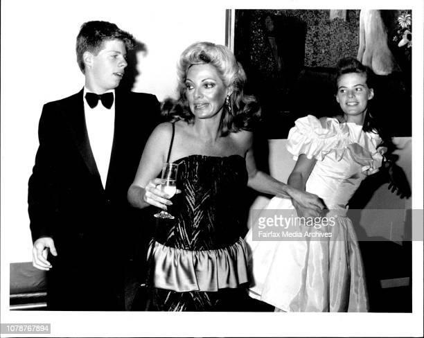 Opening Of Blithe Spirit at Opera House Carmen sees her kids off home Duncan Barrett and Amelia Barrett April 2 1987