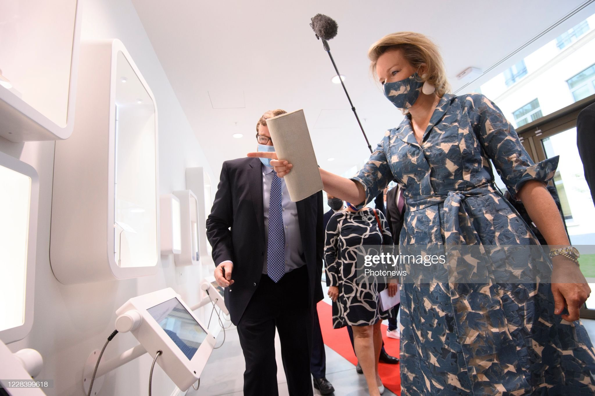 opening-of-the-new-wikifin-lab-in-the-presence-of-the-queen-mathilde-picture-id1228399618