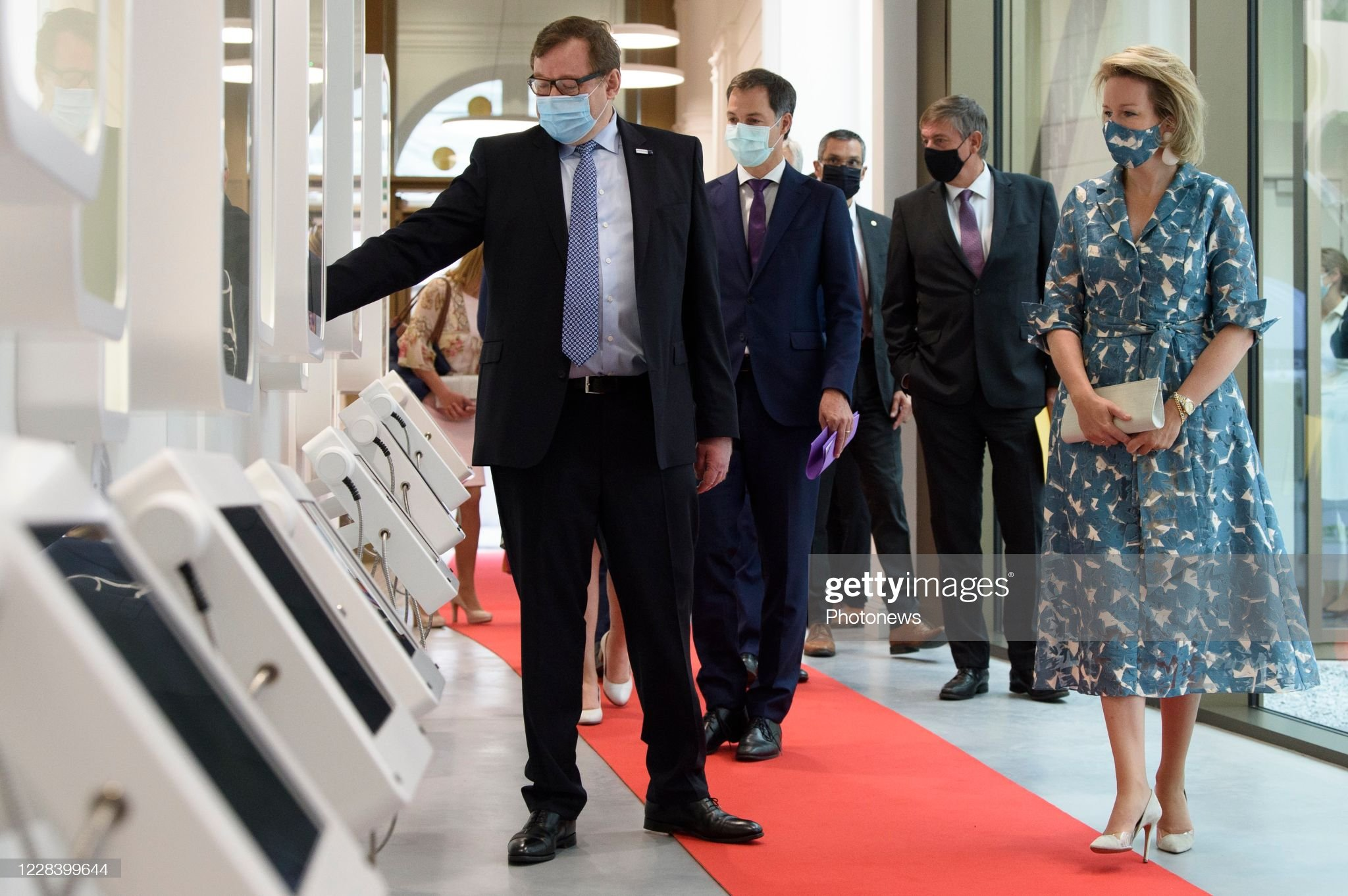 opening-of-the-new-wikifin-lab-in-the-presence-of-the-queen-mathilde-picture-id1228399644