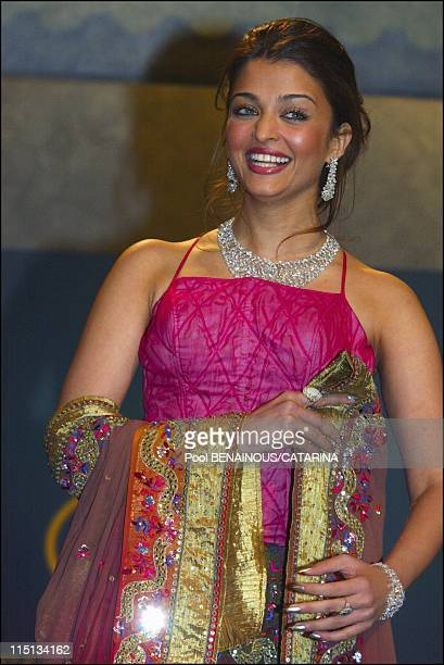 Openning of the 56th Cannes Film Festival Stairs of 'Fanfan la Tulipe' in Cannes France on May 14 2003 Aishwarya Rai