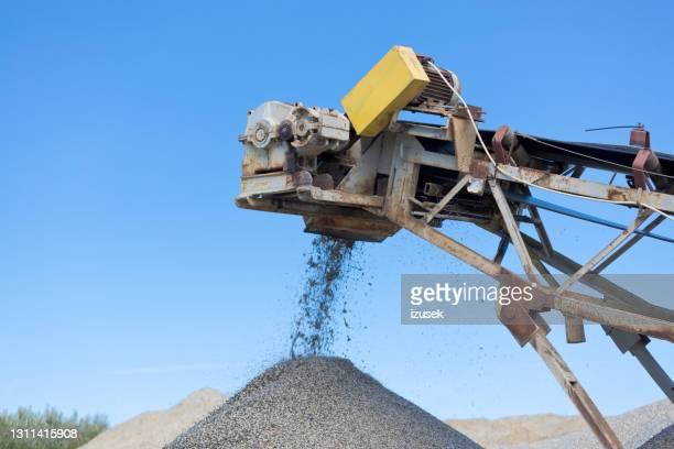open-pit mijnbouw - izusek stockfoto's en -beelden
