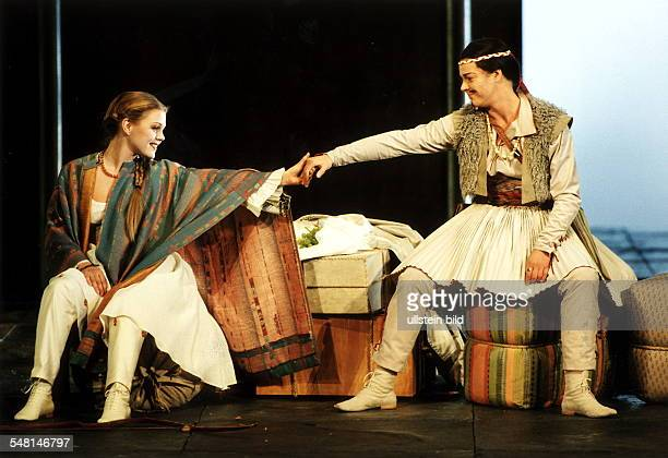 Oper Griselda von Allesandro Scarlatti Szene mit Miah Persson und Malena Ernman Regie Stephan Lawless Musikal Leitung Rene Jacobs Premiere Staatsoper...