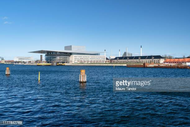 opera house, copenaghen, denmark - mauro tandoi stock pictures, royalty-free photos & images