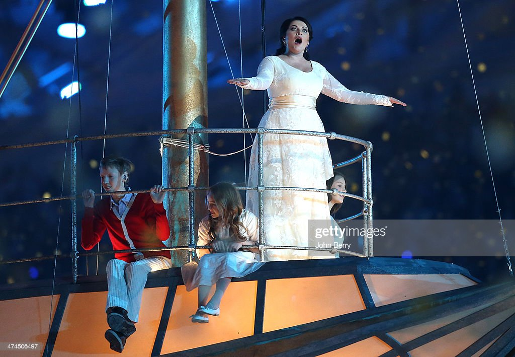 2014 Winter Olympic Games - Closing Ceremony : News Photo