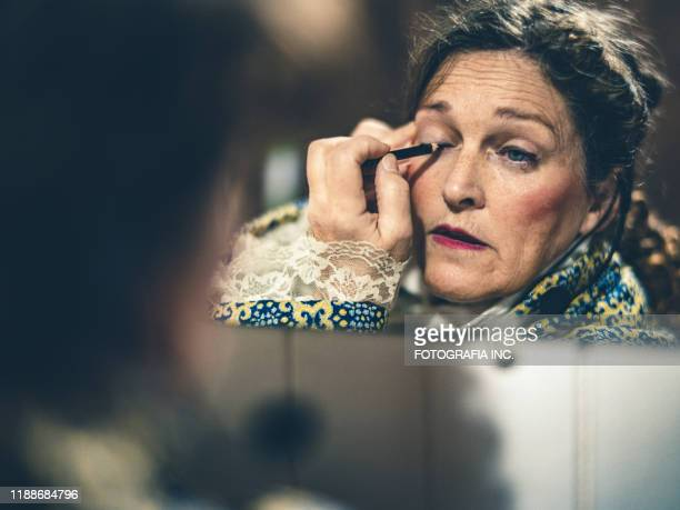 opera singer getting ready - performing arts center stock pictures, royalty-free photos & images