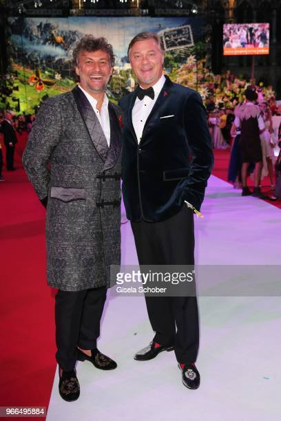 Opera singer Jonas Kaufmann and Rene Pape during the Life Ball 2018 at City Hall on June 2 2018 in Vienna Austria The Life Ball an annual charity...