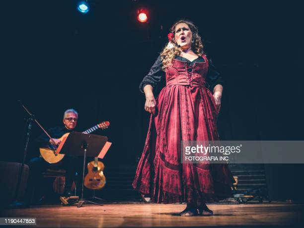 opera singer performing on the stage - hamiltonmusical stock pictures, royalty-free photos & images