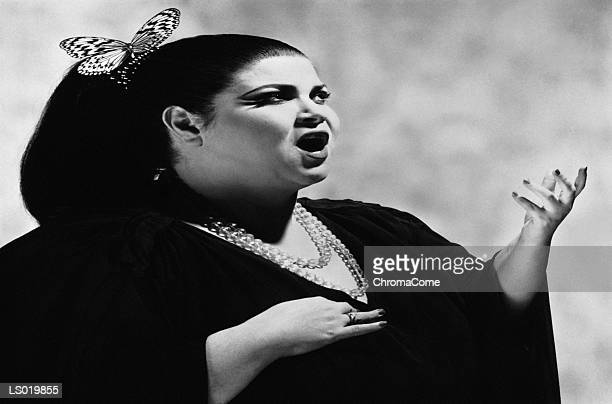 opera singer - opera singer stock pictures, royalty-free photos & images