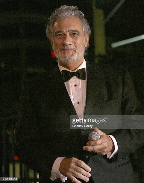Opera singer Placido Domingo attends the City of Beverly Hills gala honoring fashion icon Fred Hayman on May 28 2007 in Los Angeles California where...