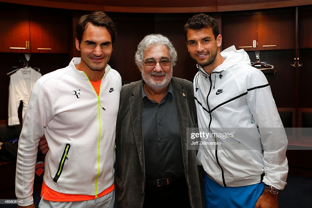 ¿Cuánto mide Plácido Domingo? - Altura Opera-singer-placido-domingo-is-greeted-by-grigor-dimitrov-of-and-picture-id465808142
