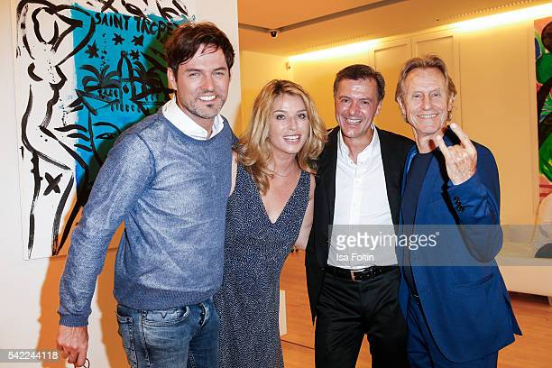 Opera singer Tobey Wilson german actress Cosima von Borsody photographic artist Georg Glatzel and businessman Winfried Rothermel attend the 'Glatzel...