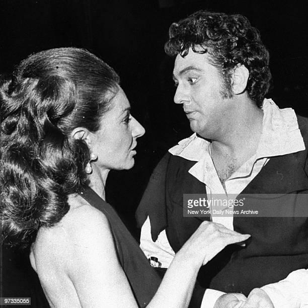 Opera singers Maria Callas and Placido Domingo in 'Don Carlo'