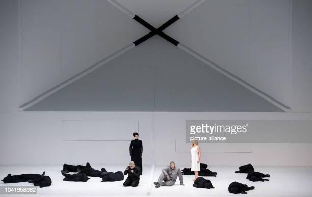 Opera singers Rolando Villazon as Robert Falcon Scott Tara Erraught as Kathleen Scott Thomas Hampson as Roald Amundsen and Mocca Erdmann as Landlady...