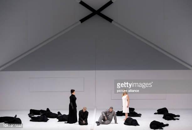 Opera singers Tara Erraught as Kathleen Scott Rolando Villazon as Robert Falcon Scott Thomas Hampson as Roald Amundsen and Mojca Erdmann as Landlady...