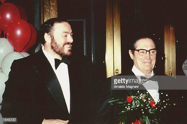 Opera tenor Luciano Pavarotti stands with his father Fernando Pavarotti during a gala in 1986 in New York City Fernando Pavarotti died May 24 2002 in...