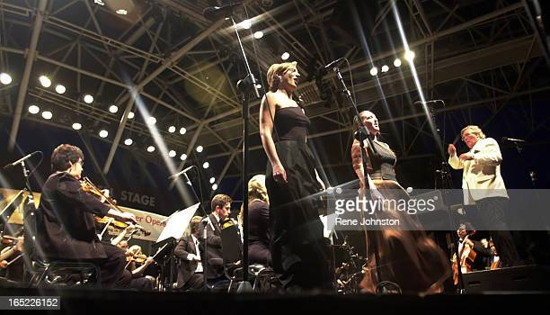 Martha Guth and Andrea sing Viens Mallika Lakme conducted by Richard Bradshaw of the Canadian Opera Company at the Harbourfront Stage during a free...