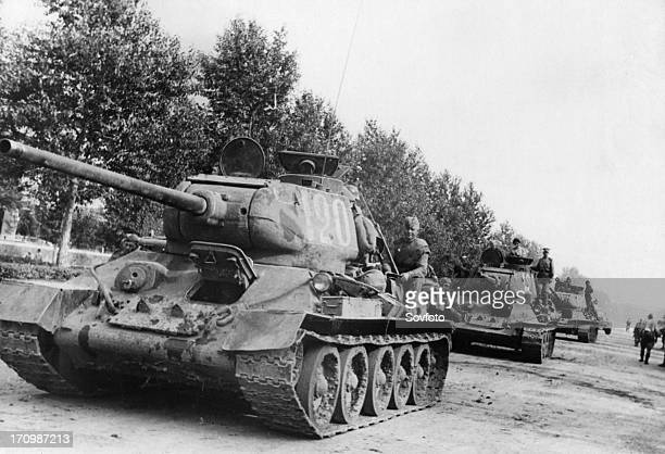 Operation august storm , soviet tanks of the second far-eastern front in manchuria, september 1945.