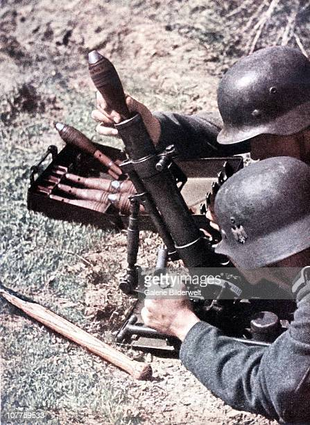 Operation Barbarossa Two soldiers with a light 5cm mortar 1943 It was used widely because two men were able to carry it Soviet Union