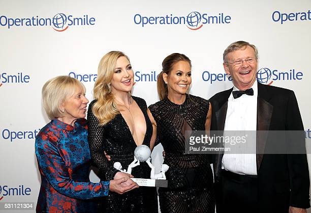 Operation CoFounder Kathy Magee Universal Smile Award Recipient actress Kate Hudson tv personality Brooke BurkeCharvet and Operation Smile CoFounder...