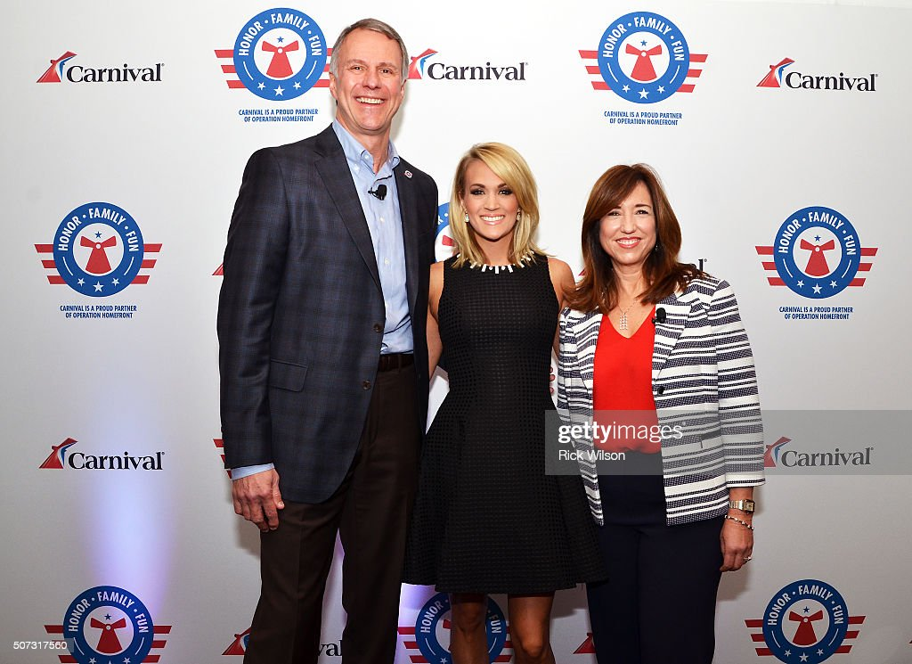 Operation Homefront President & CEO John Pray Jr., country superstar Carrie Underwood and Carnival Cruise Line President Christine Duffy pose for a photograph prior to announcing Carrie Underwood's Carnival Cruise Line partnership on January 28, 2016 in Jacksonville, Florida.