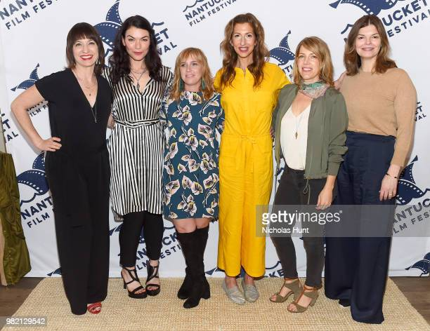 Ophira Eisenberg Sera Gamble Miranda Bailey Alysia Reiner Nancy Schwartzman and Jeanne Tripplehorn attend Women Behind the Words at the 2018...