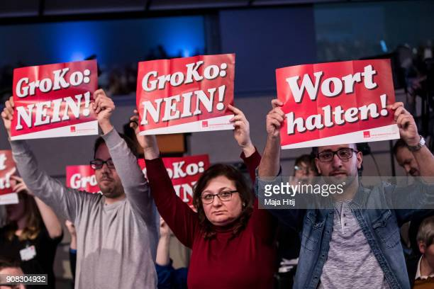 Opponents of the big coalition 'Groko' hold a poster at the SPD federal congress on January 21 2018 in Bonn Germany The SPD is holding the congress...