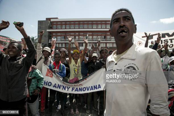 Opposition activists and supporters protest in front of the Ministry of Agriculture asking employees to lay down work during an anti-government...