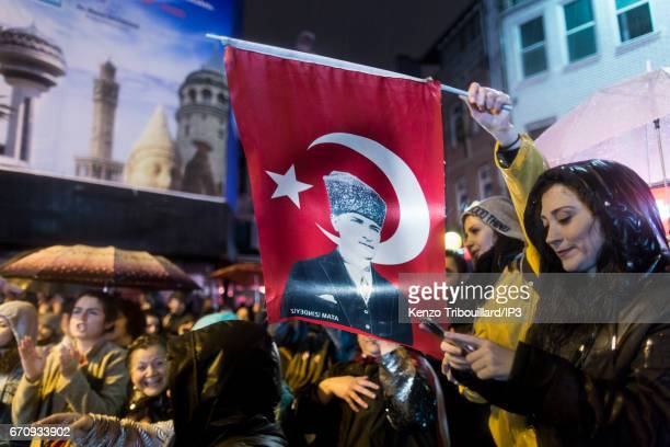 Opposition activists demonstrate after having learn that powers of President Recep Tayyip Erdogan will be strengthen thanks significant...