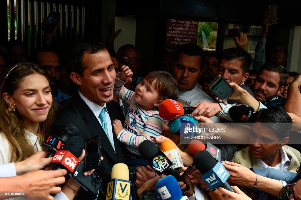 VENEZUELA-CRISIS-OPPOSITION-GUAIDO : News Photo