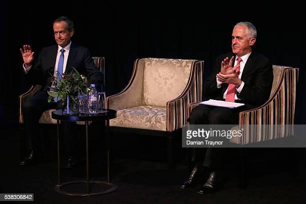 Opposition leader Bill Shorten and Prime Minister Malcolm Turnball speak at he RSL National Conference on June 6 2016 in Melbourne Australia The...