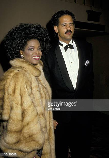 """Oprah Winfrey and Stedman Graham during """"Good Morning, Vietnam"""" Los Angeles Premiere at Cineramadome Theater in Los Angeles, California, United..."""