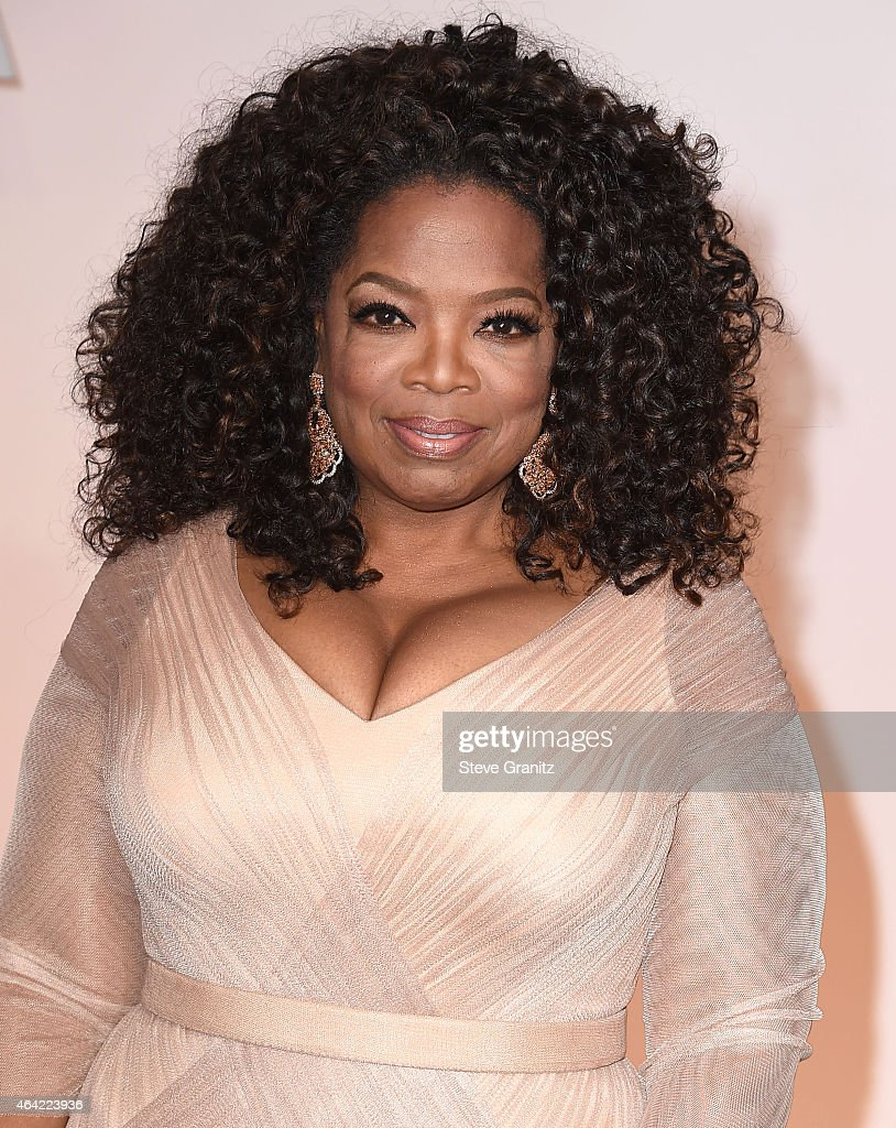 Oprah Winfrey arrives at the 87th Annual Academy Awards at Hollywood & Highland Center on February 22, 2015 in Hollywood, California.