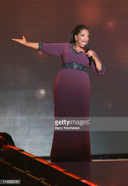 Oprah Winfrey attends Surprise Oprah! A Farewell Spectacular at the United Center on May 17, 2011 in Chicago, Illinois.