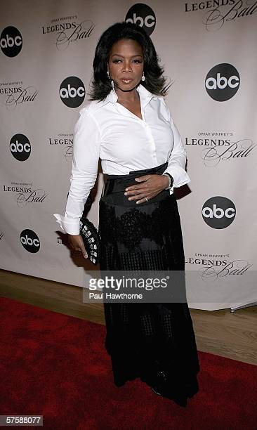 Oprah Winfrey attends the screening of Oprah Winfrey's Legends Ball at JP Morgan Library May 11 2006 in New York City