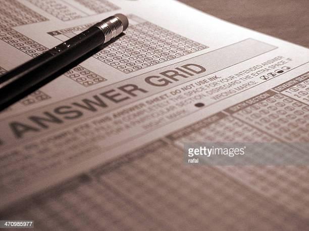 Optique scanner examen réponse Grid et un crayon