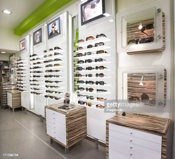 optician's shop - optical instrument stock pictures, royalty-free photos & images